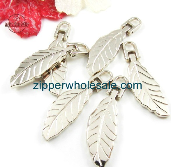 custom zipper pulls wholesale