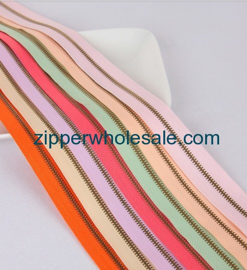 metal zippers by the roll in bulk