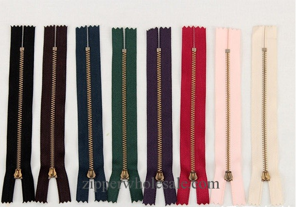 zippers for sale in bulk