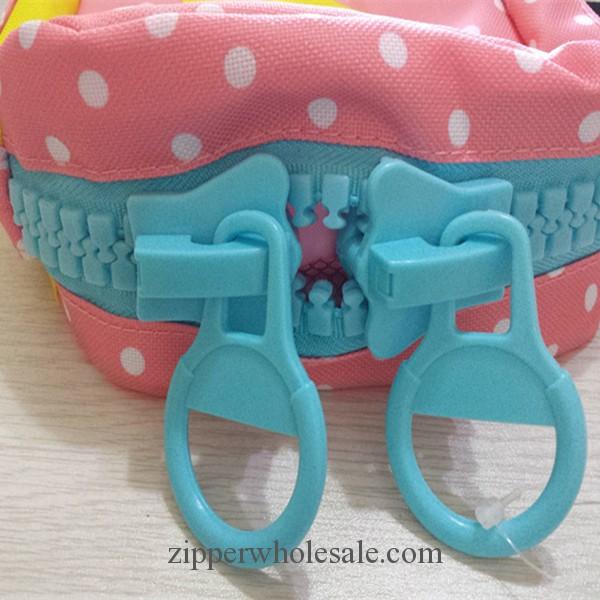 RZ160505 20# plastic zippers