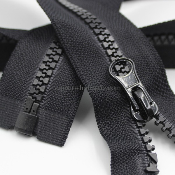 derlin zippers wholesale