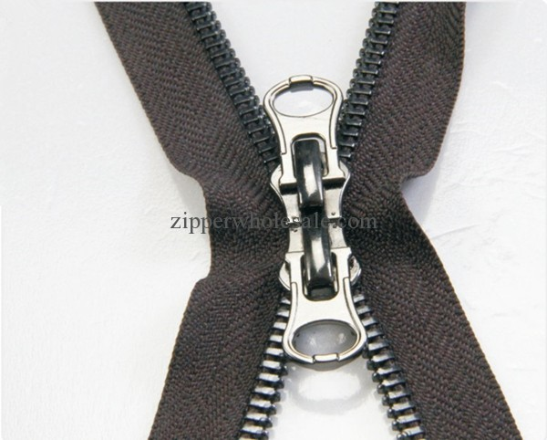 2 way separating metal zippers for jackets